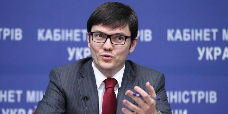 министр рассказал, чего хотят лоу-косты, чтобы летать из украины